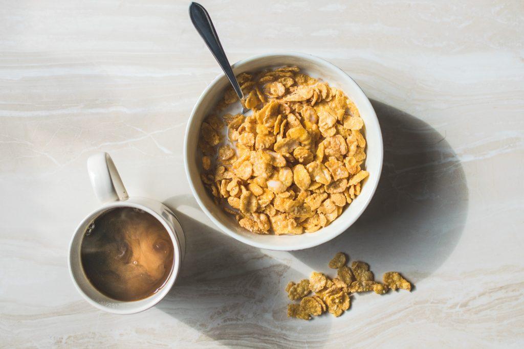 ontbijtgranen met melk